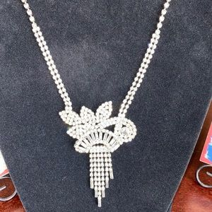 Stunning Vintage Pendant Necklace